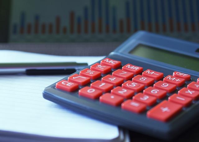 買い物しすぎても赤字にならない理想的な家計簿とは?